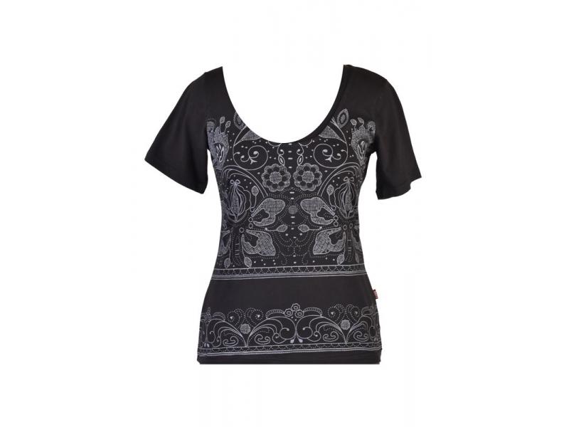 Černé tričko s krátkým rukávem a ornamentálním potiskem