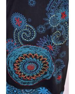 Černo-modré šaty s krátkým rukávem a potiskem mandal, výšivka