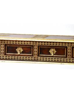 Konzolový stolek z palisandru zdobený mosazným kováním, 151x45x87cm