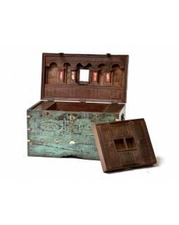 Stará dřevěná truhla z antik teakového dřeva, 69x41x41cm