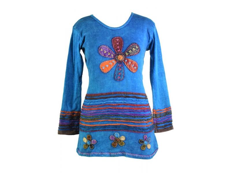 Prodloužené tyrkysové tričko s dlouhým rukávem, aplikace květin a výšivka