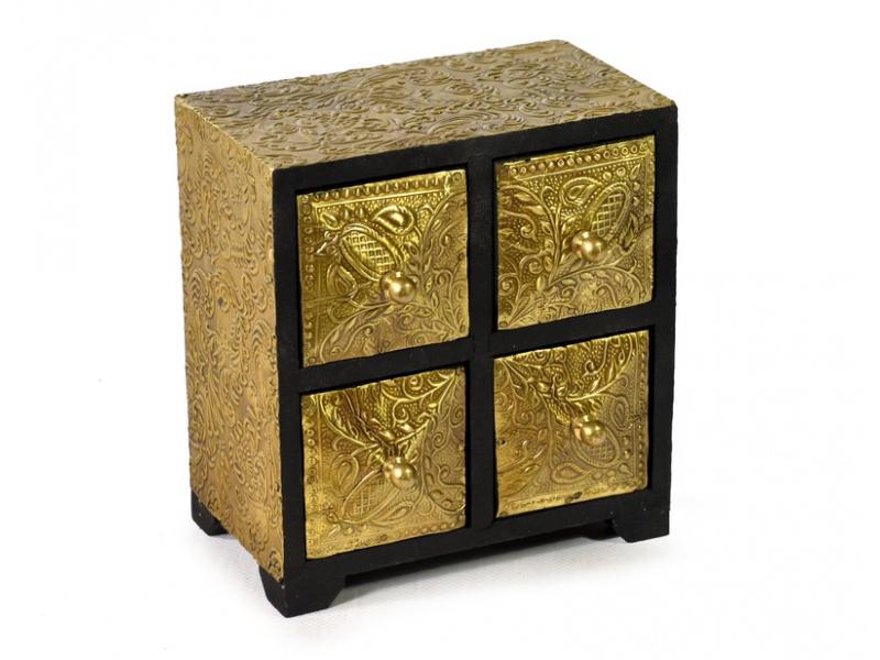 Dřevěná skříňka se 4 šuplíky, tepaná mosazí, 15x11x16cm