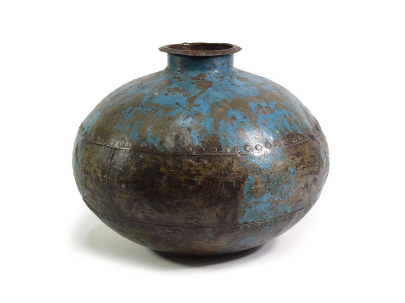 Stará kovová nádoba na vodu, průměr 37,5cm, výška 27cm