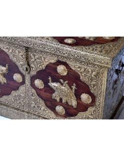 Truhla z palisandrového dřeva, zdobená mosazným kováním, 100x50x60cm