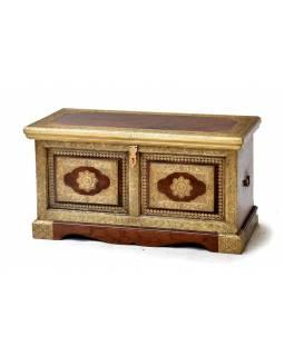 Truhla z palisandrového dřeva, zdobená mosazným kováním, 99x49x48cm