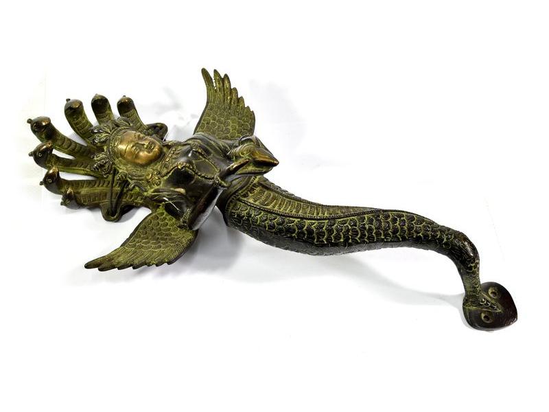 Mosazné držadlo Naga Kanya, zelená patina, 35cm