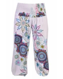 """Elegantní bílé balonové kalhoty s potiskem """"Trellis design"""" a žabičkováním"""