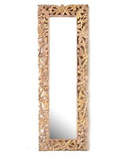 Zrcadlo v rámu z mangového dřeva, ručně vyřezávané, zlatá patina, 168x57x3,5cm