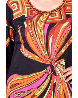 Černo-barevné elegantní šaty s potiskem a ručně vyšívanými korálky, zip