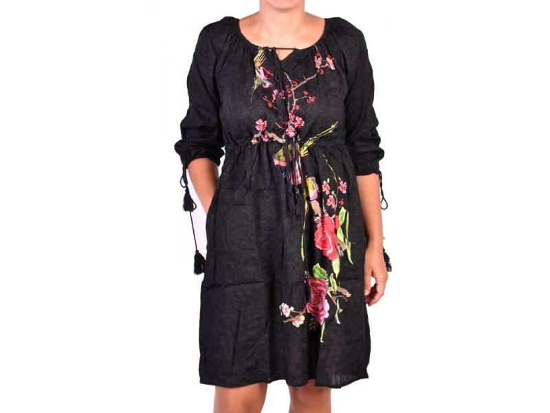 Černé letní šaty s potiskem, tříčtvrteční rukáv