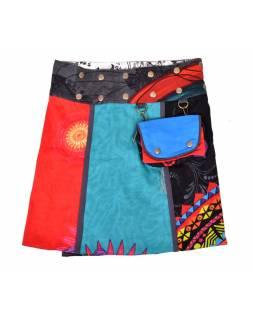 Krátká sukně, zapínání na patentky a kapsička