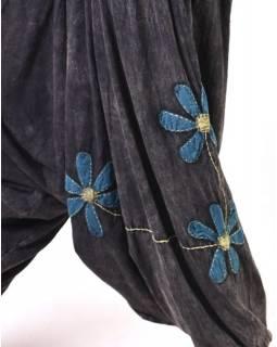Černé turecké kalhoty s modro-zelenými květinami, výšivka, bobbin