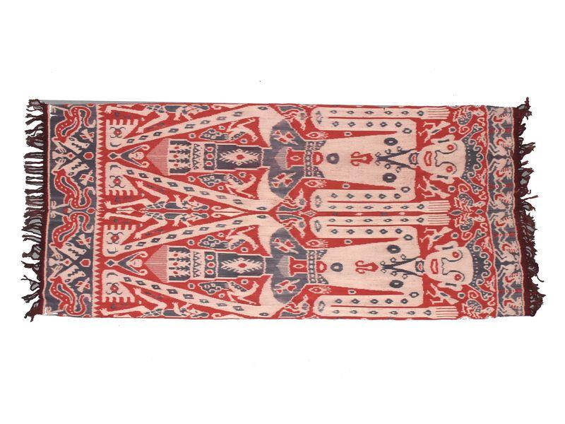 Červeno béžový přehoz s figurálním motivem, technika tkaní ikat, 312x125cm