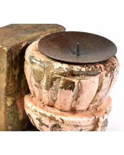 Antik svícen z mangového dřeva, 7,5x9x11cm