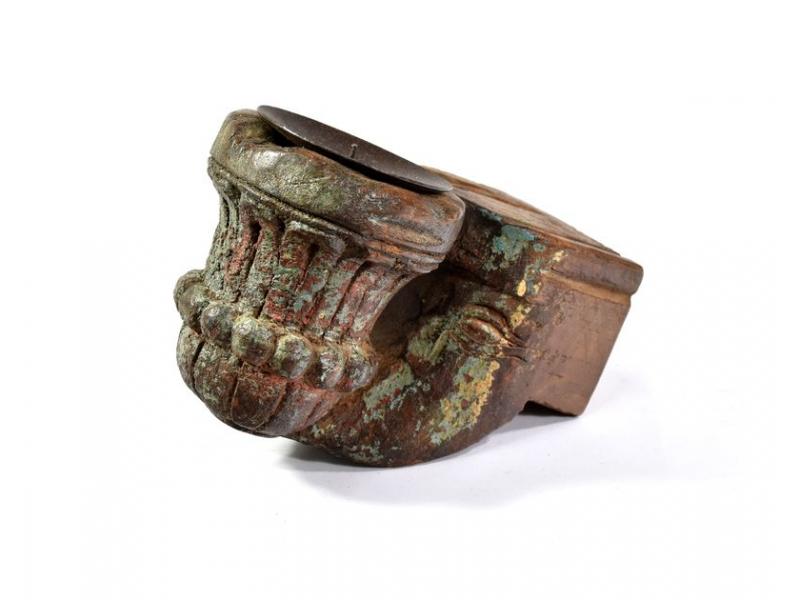 Antik svícen z mangového dřeva, 9x7x14,5cm