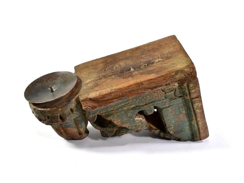 Antik svícen z mangového dřeva, 8,5x10,5x19cm
