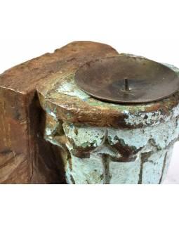 Antik svícen z mangového dřeva, 9,5x8x11cm