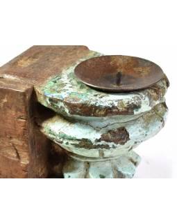 Antik svícen z mangového dřeva, 8x9,5x12cm