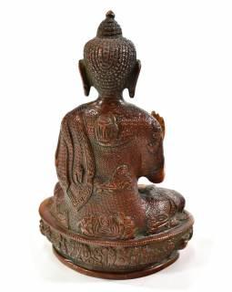 Buddha Amóghasiddhi, antik patina, řezba, mosazná soška, 20,5cm