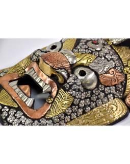 Bhairab, dřevěná maska, mosazné kování, ruční práce, 28cm