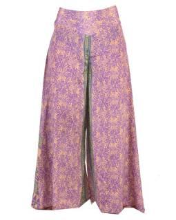 Široké kalhoty z recyklovaných sárí, mix barev a designů