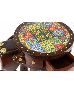 Stolička ve tvaru slona zdobená keramickými dlaždicemi, 42x31x47cm