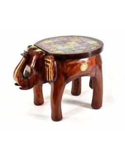 Stolička ve tvaru slona zdobená keramickými dlaždicemi, 51x35x37cm
