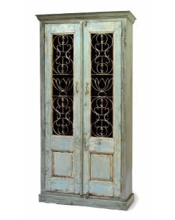Skříň z mangového dřeva zdobená železnou mříží, 105x43x214cm