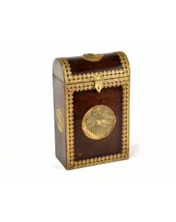Box na víno zdobený mosazným kováním, 22x12x35cm