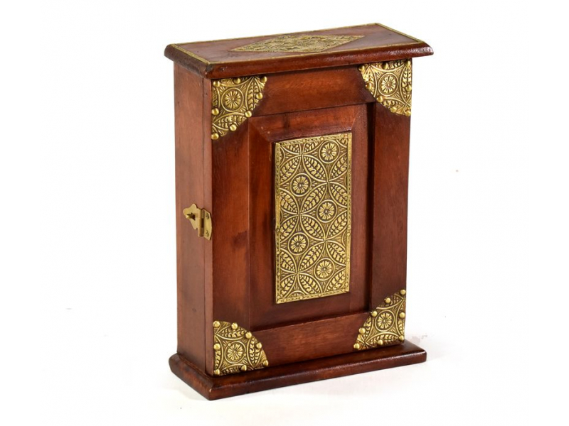 Skřínka na klíče zdobená mosazným kováním z mangového dřeva, 20x9x28cm
