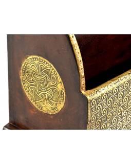 Ozdobný dřevěný pořadač zdobený mosazným plechem, 35x13x23cm