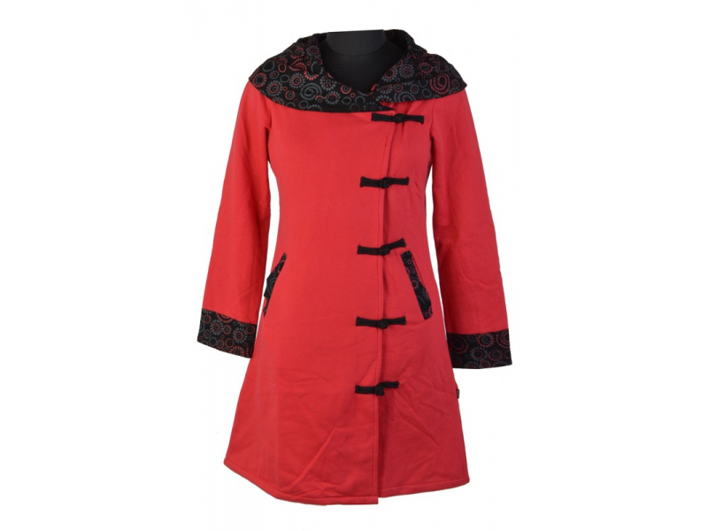 Kabátek s širokým límcem, červený s černým spiral tiskem, knoflíky, kapsy