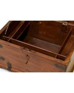 Stará truhla z teakového dřeva, 60x43x30cm