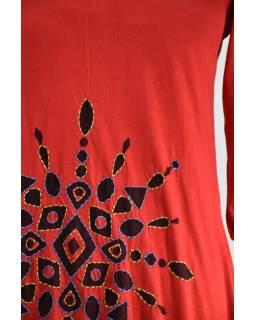 Červené balonové mini šaty s tříčtvrtečním rukávem, potisk a výšivka