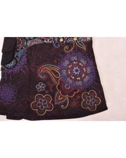 Krátká černo-červená sukně zapínaná na patentky, kapsa, flower potisk a výšivka