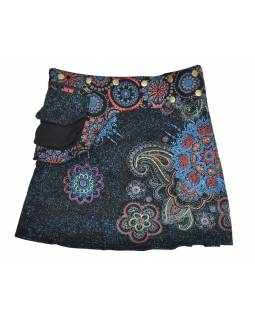 Krátká černo-modrá sukně zapínaná na patentky, kapsa, flower potisk a výšivka