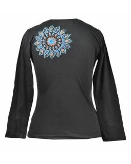 Černé tričko s dlouhým rukávem, barevný mandala potisk