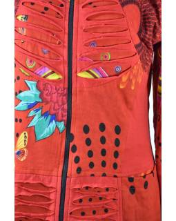 Červená mikina s kapucí a prostřihy, zapínaní na zip, potisk, kapsy