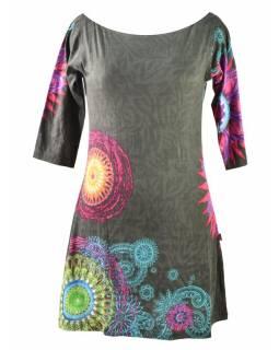Šedé šaty s tříčtvrtečním rukávem a lodičkovým výstřihem, mandala potisk