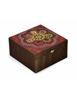 Ručně vyšívaná šperkovnice, hnědá s korálky a flitry, 15x15x6cm