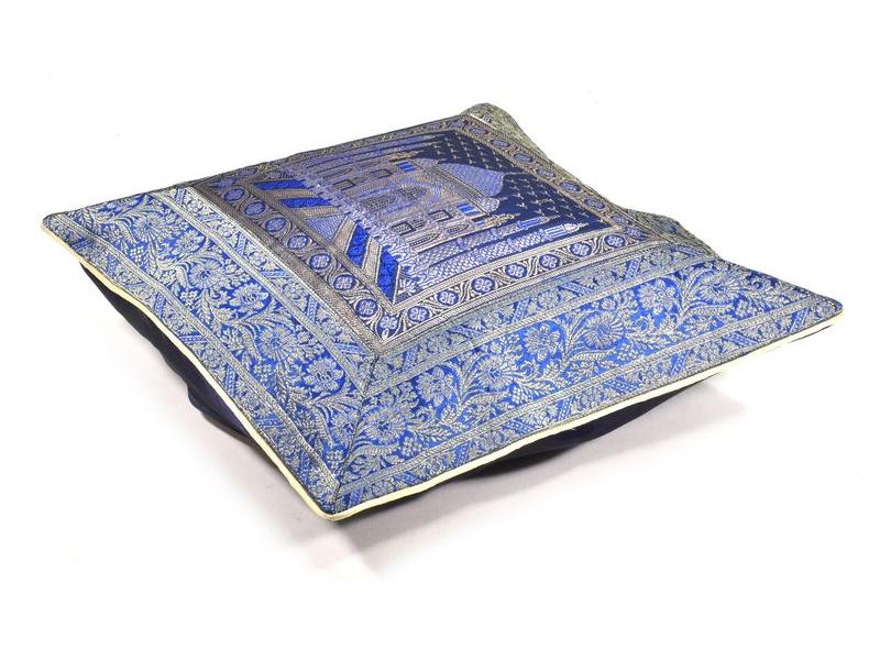 Modrý saténový povlak na polštář s výšivkou, zip, 40x40cm