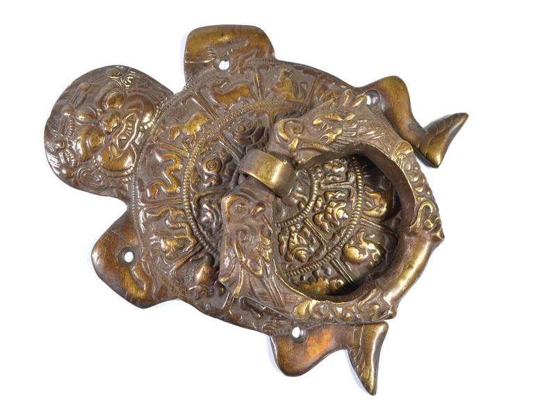 Antik mosazné dveřní klepadlo bůh Jama, 13,5x19cm