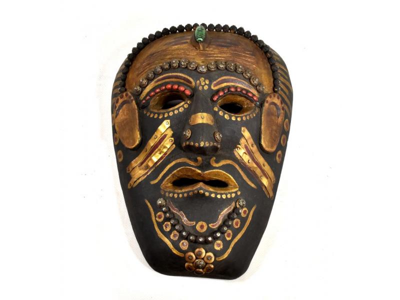 Tibetská dřevěná maska, ručně malovaná s kováním, 21x28cm
