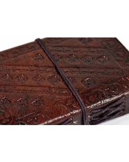 Notes v kožené vazbě s ozdobným kamenem, ruční papír, 9x13cm