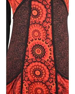 Černo-červené šaty s kapsami, mandalový potisk, kulatý výstřih