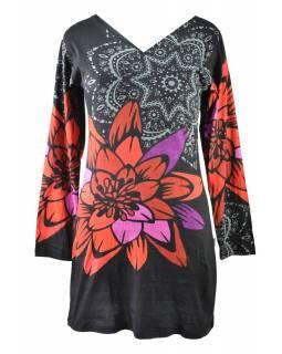 Černé šaty s dlouhým rukávem a potiskem mandal,