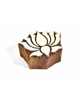 Lotos -razítko vyřezávané ze dřeva, ruční práce, 6x5,5cm