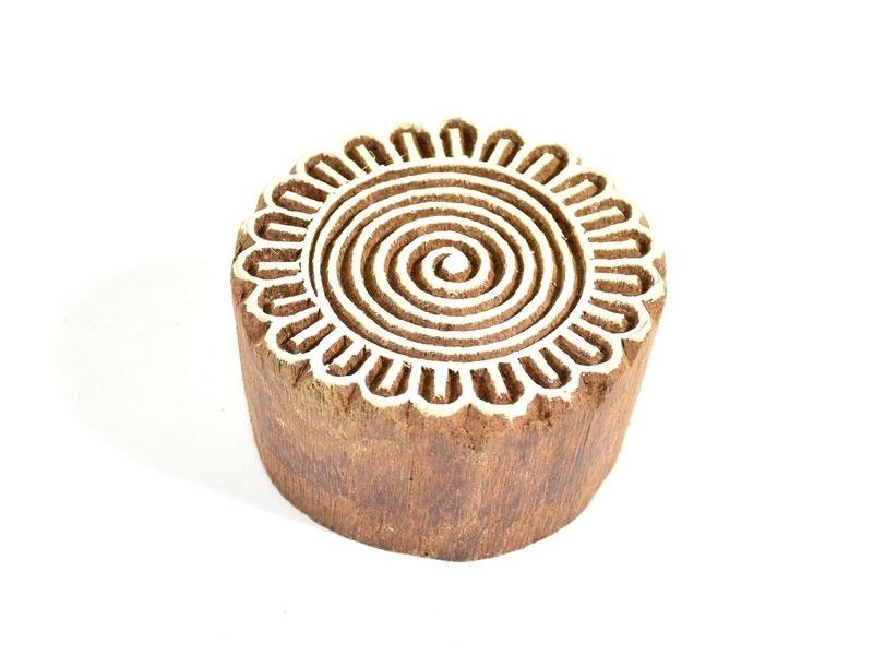 Mandala (2) - razítko vyřezávané ze dřeva, ruční práce, 7x6cm