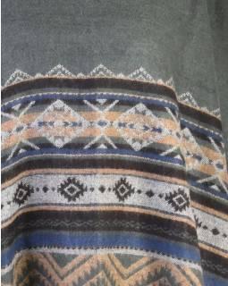 Pončo s límcem a třásněmi, vzor, šedá, univerzální velikost
