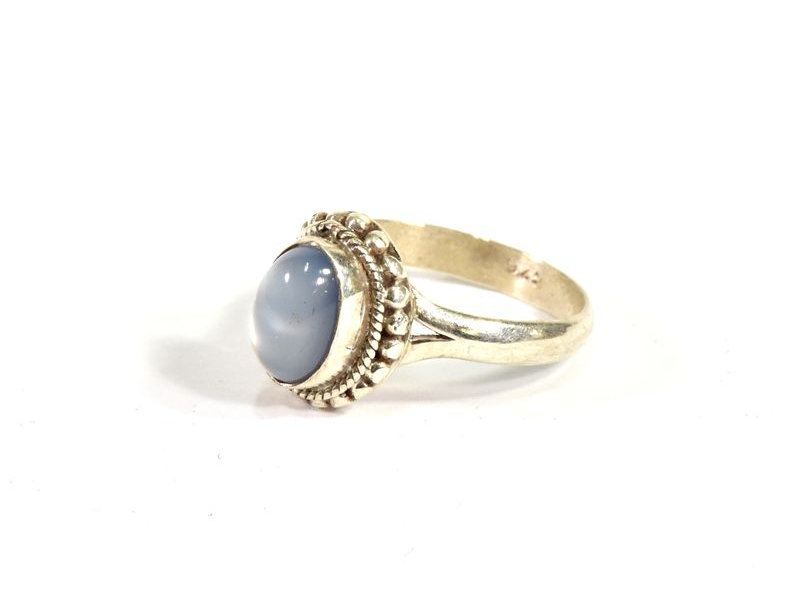 Stříbrný prsten vykládaný měsíčním kamenem, AG 925/1000, Nepál